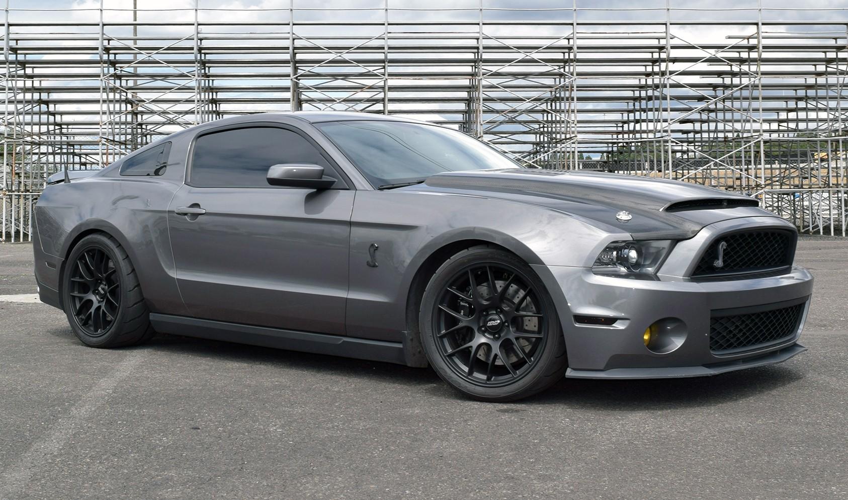 "S197 Staggered Fitment<br />Wheels: Satin Black EC-7 19x10"" ET40 front, 19x11"" ET52 rear<br />Tires: R888R 295-30-19 front, 305/30-19 rear"