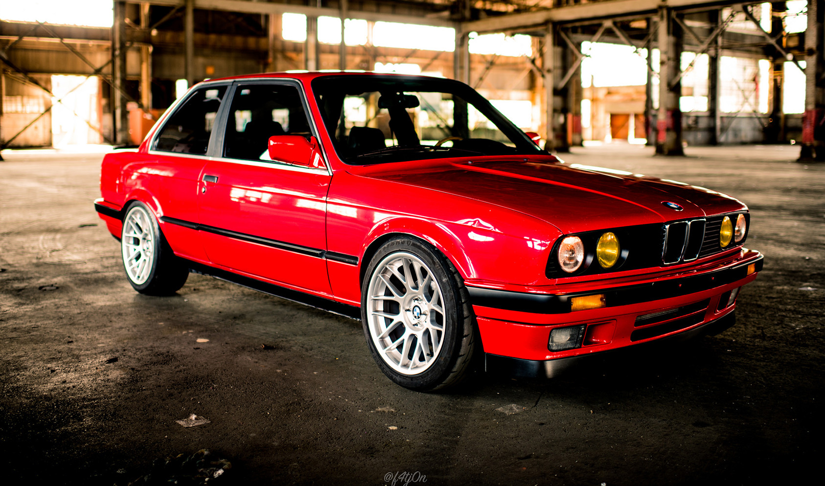 "E30<br />Wheels: 17x8.5"" ET20 Hyper Silver ARC-8<br />Tires: 225/45-17"