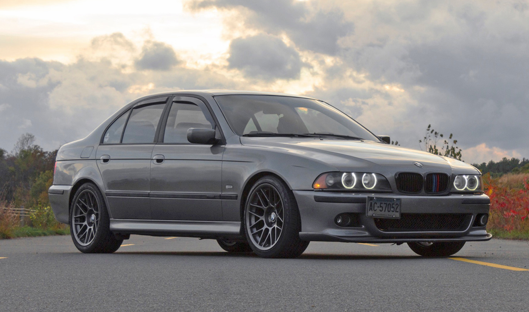 """E39 Non-Rotatable Square Fitment<br />Wheels: 18x9.5"""" ET22 Anthracite ARC-8<br />Tires: Toyo Proxes 245 front, 275 rear<br />Mods: 10mm front spacers"""