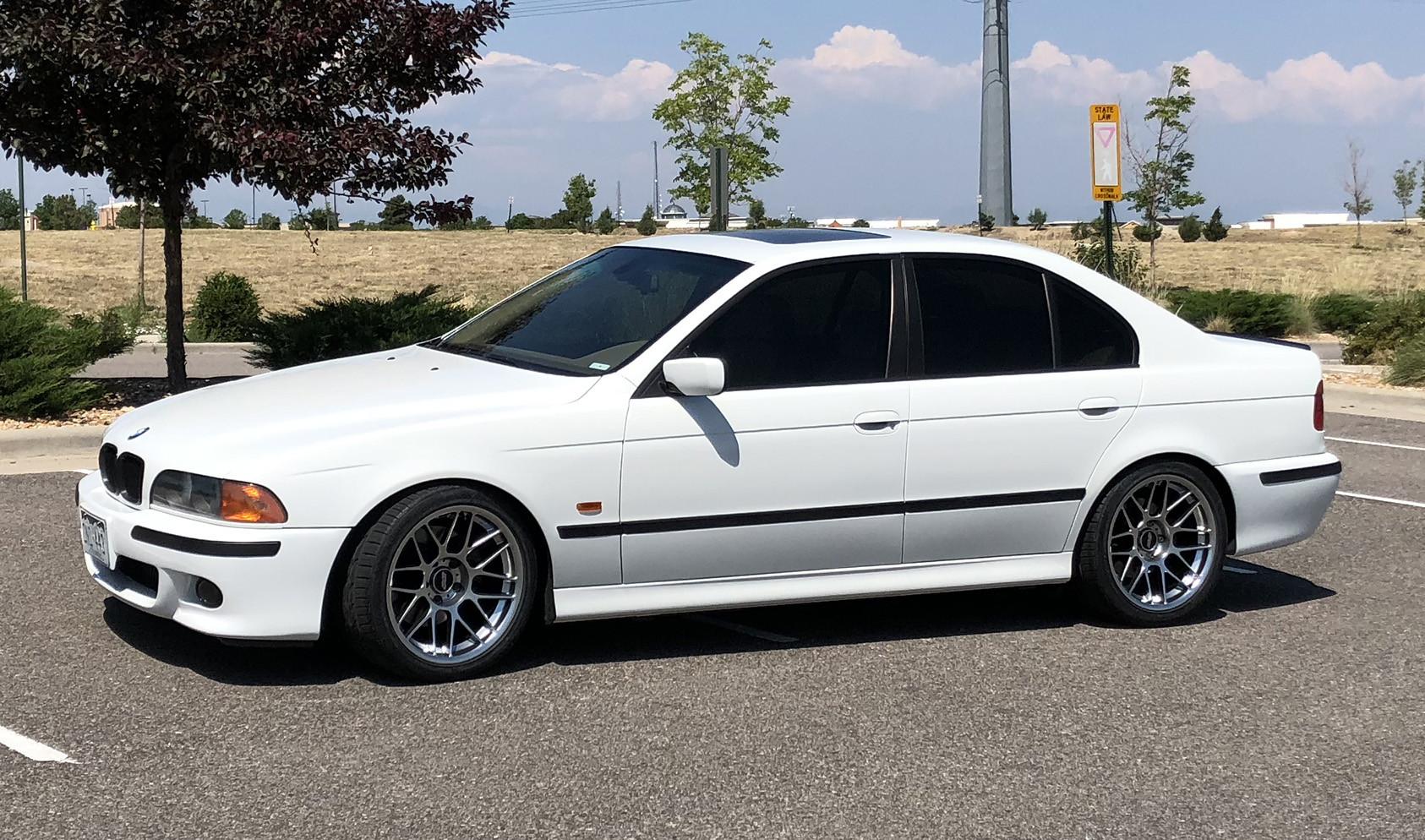 "E39 Square Fitment<br />Wheels: 18x9.5"" ET22 Hyper Black ARC-8<br />Tires: 275/35-18 Kuhmo Ecsta PS31<br />Mods: 5mm front spacers"